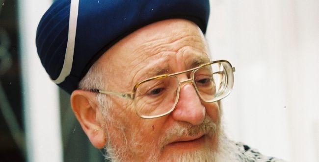 """בשידור ישיר: הילולת מרן הרב מרדכי אליהו זצ""""ל. צפו"""