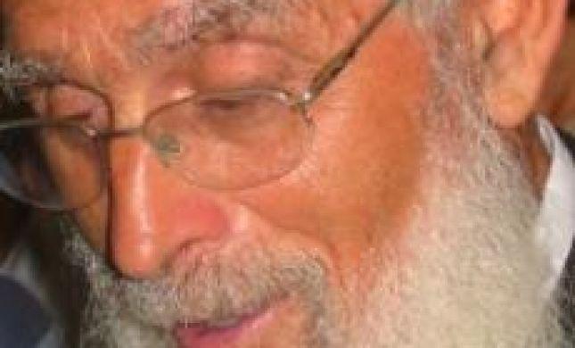 הרב יעקב אריאל: לא יכול לסמוך על שר שמבלה בפאבים