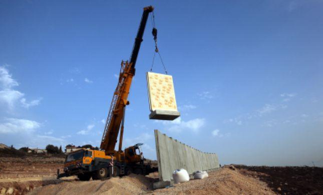חקירה נגד איש עסקים ישראלי בהולנד: הפשע-בניית התנחלויות
