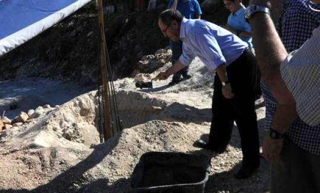"""דווקא עכשיו: אבן פינה לשכונת """"קדימה"""" ביישוב עטרת"""