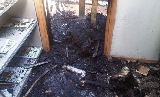 האלימות בלוד נמשכת: משרד מכירות הוצת על רקע עברייני