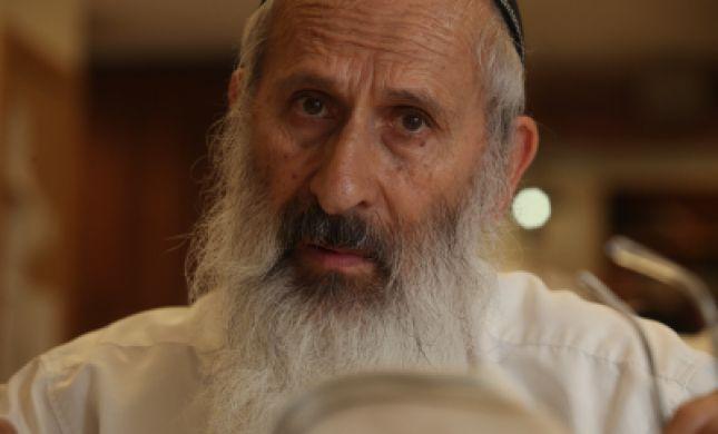 הרב אבינר מגיב: התורה לא נקבעת על פי עיתונאים