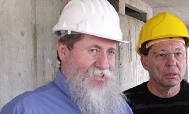 כצל'ה יצא לבדוק איך מכשירים עובדי בניה ישראלים