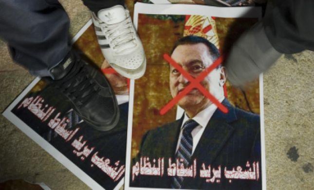 מה קרה לעולם הערבי שהוא פתאום מחפש דמוקרטיה?