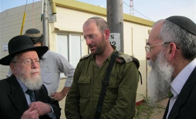 הרב ליאור והרב שטרנברג בסיור ביטחוני ביישובי עוטף עזה