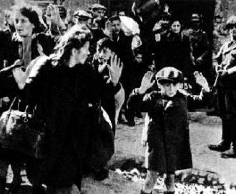 זכור את עשה לך עמלק: אירועי יום הזכרון לשואה ולגבורה