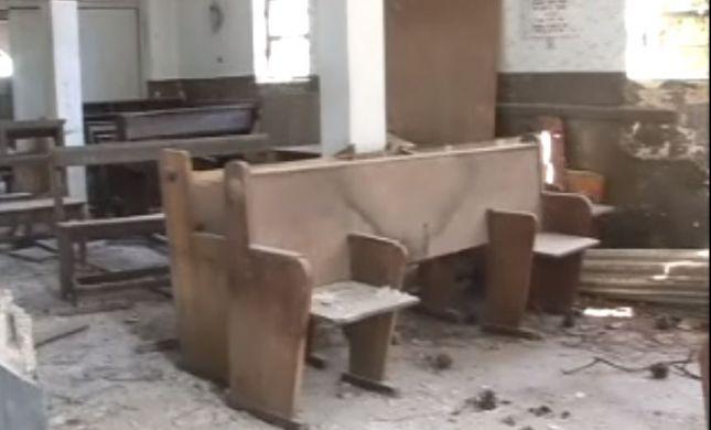 """עצוב שכך נראה בית הכנסת המפואר """"הדרת קודש"""" בחיפה"""