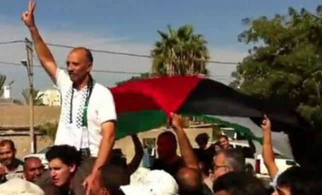 פעילי שמאל חגגו שחרור אסיר שהורשע בניסיון לרצח חיילים
