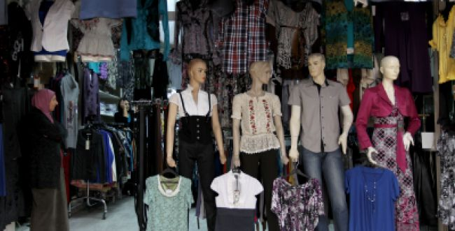 בקרוב בירושלים: תעודות כשרות לחנויות בגדים