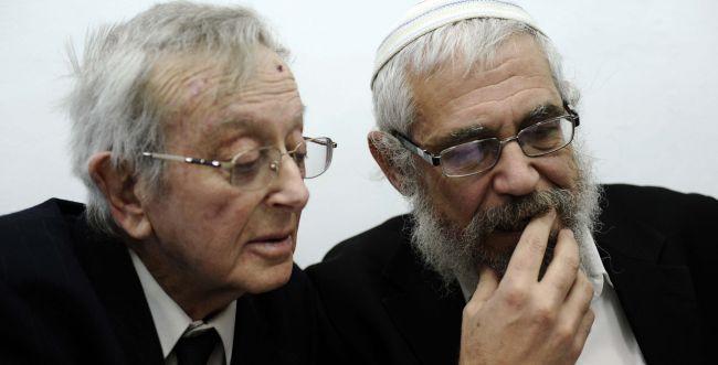 הרב אלון לבית המשפט: מכחיש את ההאשמות