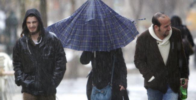 הרב, האם גשם שיורד בחודש אייר הוא סימן קללה?