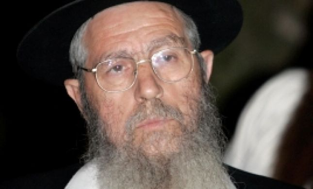 הרב ישראל אריאל נעצר בהר הבית
