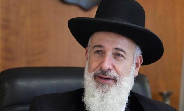 הרב מצגר: לא להגיע לקבר רחל מיד בצאת השבת