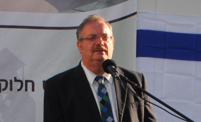 הרב הרשקוביץ העניק תארים לבוגרי 'מכללת שאנן' והתרגש