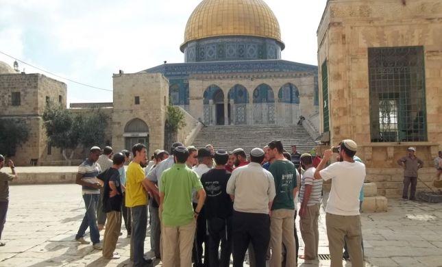 המוסלמים התפרעו, המשטרה סגרה את הר הבית ליהודים
