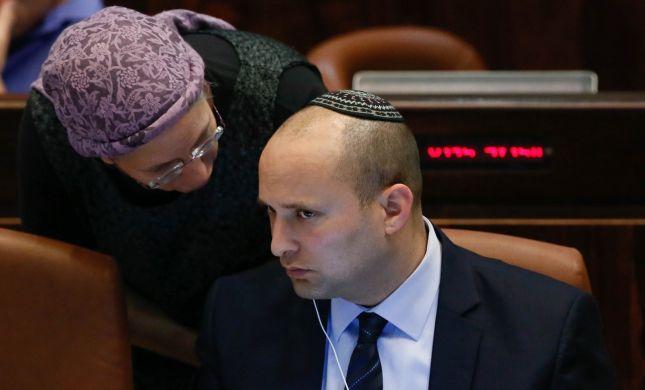 """סקר: """"הבית היהודי"""" מזנקת, שפל ליאיר לפיד"""