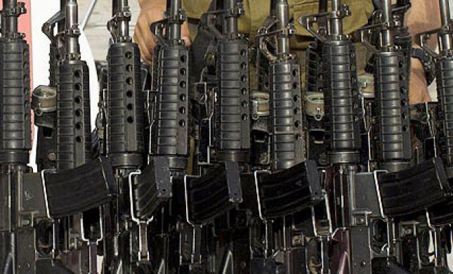 איש קבע נעצר: חשוד שסיפק נשק לעבריינים