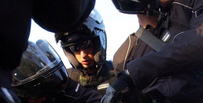 מעצר אלים: שוטרים היכו ועצרו את בעז אלברט מיצהר