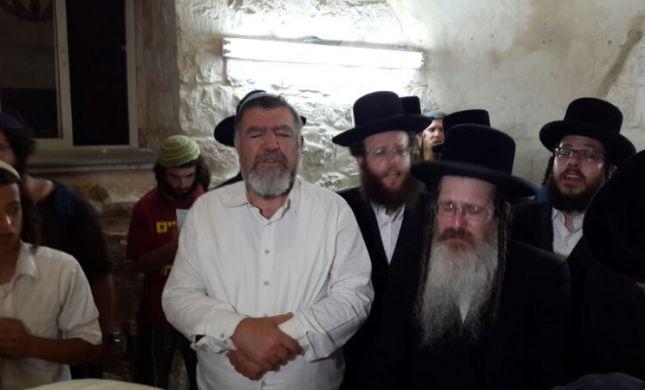 """אח האדמו""""ר מנדבורנה ו-2,500 איש עלו לקבר יוסף"""
