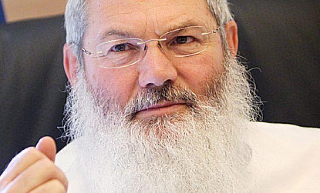 """הרב בן דהן בסיור בדרום ת""""א: """"דואגים למסתננים מאפריקה, במקום ליהודים"""""""