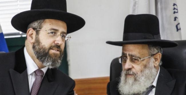 """דיקטטורה נוסח לפיד: """"נפעל לפטר את הרבנים הראשיים לישראל"""""""