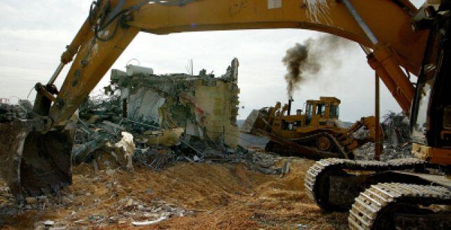"""בג""""צ קיבל את עתירת שלום עכשיו והורה להרוס בתים בששה מאחזים ביו""""ש"""
