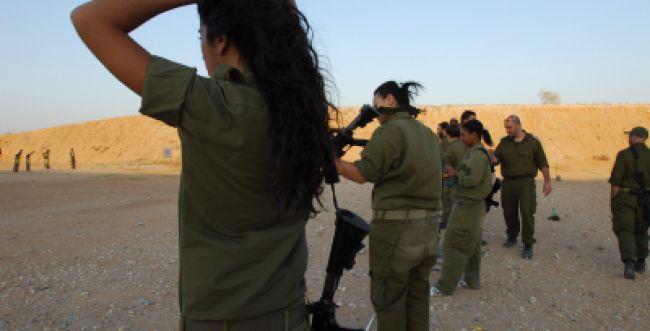 גיוס בנות? לפי ההלכה אסור לנשים להשתתף בקרבות נגד האויב