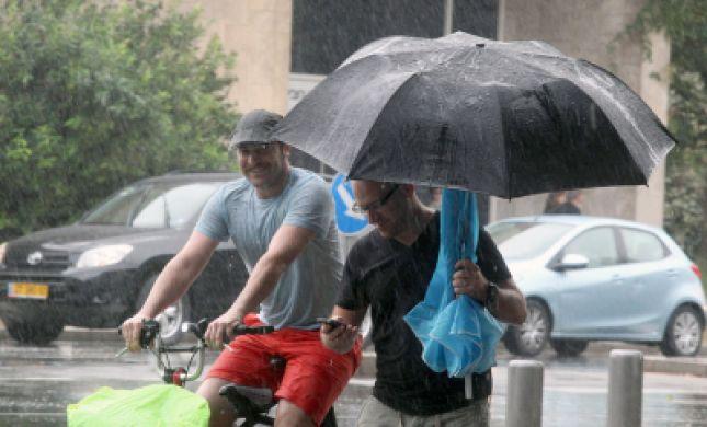 הגשם יורד בזכות הרבנות הראשית לישראל