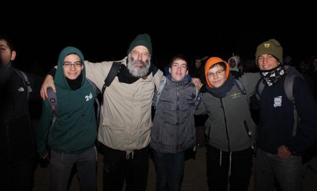 מחושך לאור: אלפי תלמידים במסע בעקבות גוש קטיף