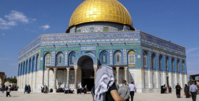 הרב ישראל אריאל: יש להיכנס ל'כיפת הסלע' מדין כיבוש