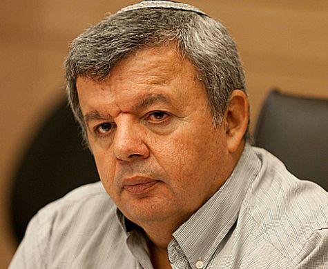 """כלפה מפתיע: """"לאפשר לפלסטינים להצביע לכנסת"""""""