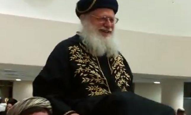 שושן פורים במכון מאיר: הרב ביגון התחפש לראשון לציון