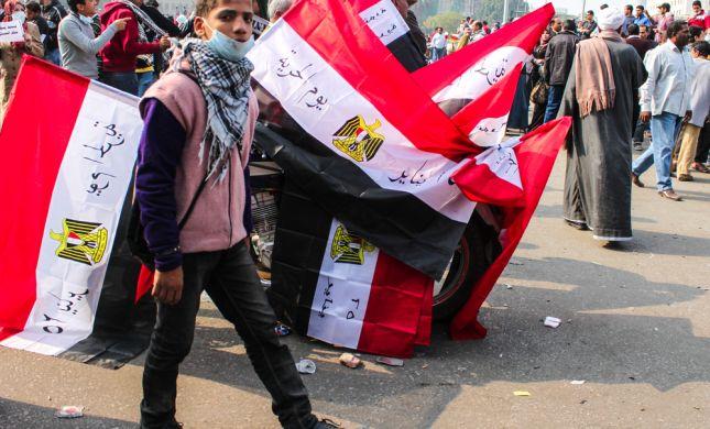 מצרים: עונש מוות ל-529 אנשי האחים המוסלמים
