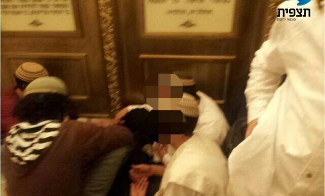 צעירים התבצרו בקבר דוד במחאה נגד ביקור האפיפיור