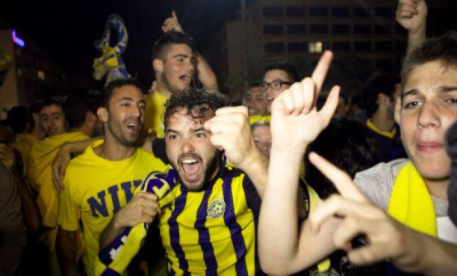 מכבי תל-אביב נחתה בישראל; הערב חגיגות האליפות