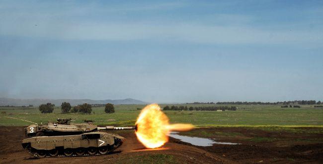 """צה""""ל מגיב לפיגוע בירי טנקים לשטח סוריה"""