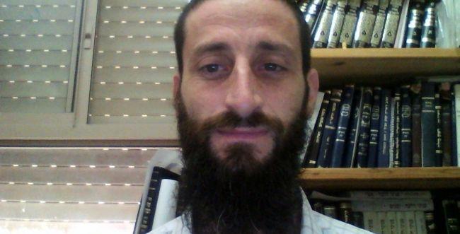 """שו""""ת: למה הרבנים רק מחמירים בנושאי צניעות?"""