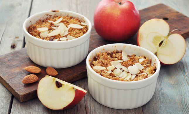 מתכון חגיגי: קראמבל תפוחים פריך ועסיסי