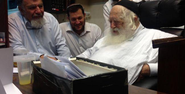 הרב קנייבסקי נתן ברכה להמשך הבנייה בשומרון