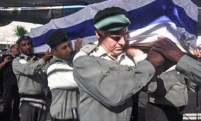 """אלפים בהלווית ג'דעאן אסעד הי""""ד בבית ג'אן"""