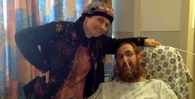 יהודה גליק בתמונה ראשונה מבית החולים