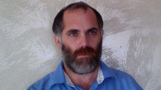 בחירות 2015, יהדות, על סדר היום ר' אמנון בזק – טול קורה מבין עיניך/ תגובה