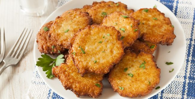 חנוכה זה לאטקעס: מתכון ללביבות תפוחי אדמה
