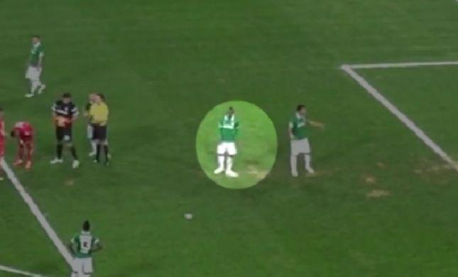 השחקן חיבל בנקודה הלבנה. בוזגלו החמיץ פנדל