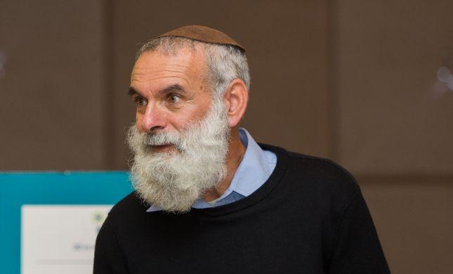 הרב רונצקי מכחיש את הדיווחים על פרישתו