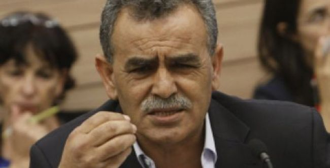 """החכי""""ם הערבים: """"אין בתי דפוס בתוך הקו הירוק?"""""""