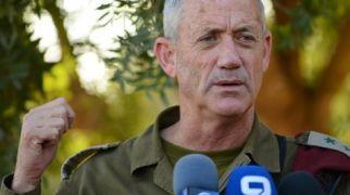 """חדשות, חדשות צבא ובטחון האלוף לוין נגד בני גנץ: """"עדיף שישב בשקט"""""""