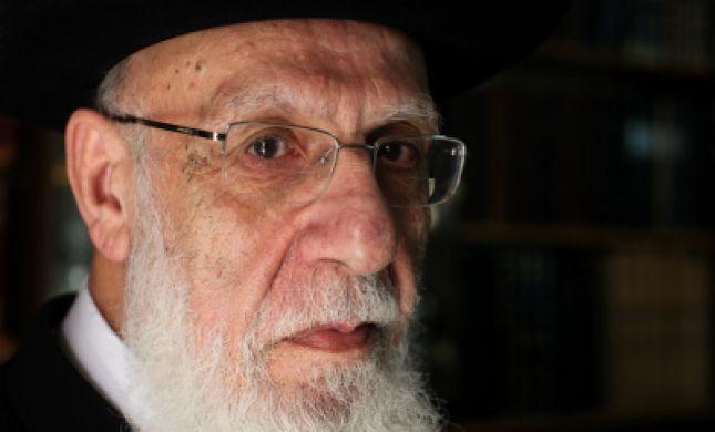 """הרב שלום כהן: """"מסכן מי שחושב להטות את דעתו"""""""
