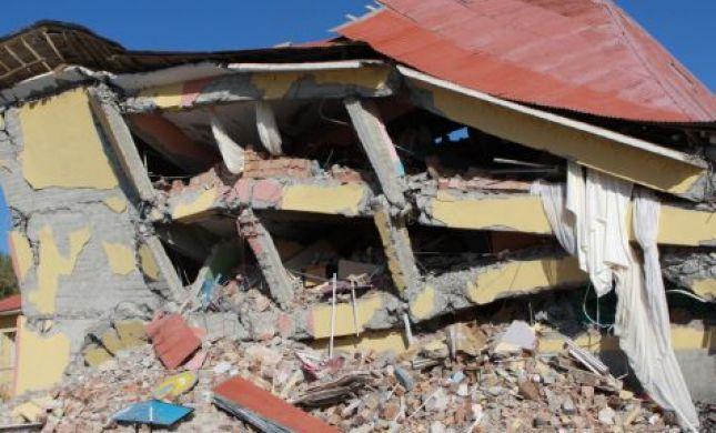 """בת הרבש""""צ שנהרג בצוק איתן איבדה קשר בנפאל"""