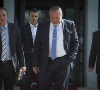 חדשות, חדשות פוליטי מדיני אנחנו או החרדים;'ישראל ביתנו' בדרך לאופוזיציה?